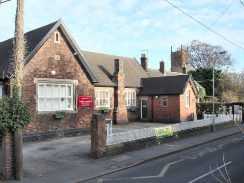 Goostrey Junior School on Main road